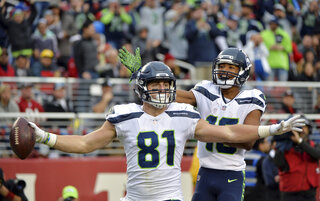 Nick Vannett, Tyler Lockett