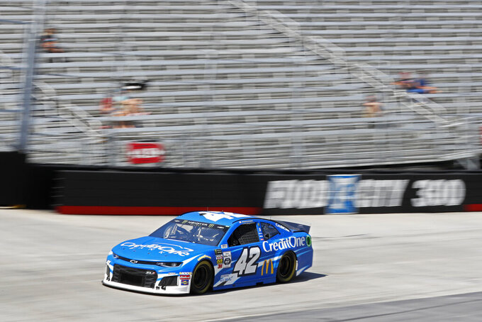 Driver Kyle Larson makes his was around the track during practice for a NASCAR Cup Series auto race, Friday, Aug. 16, 2019, in Bristol, Tenn. (AP Photo/Wade Payne)