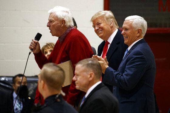 Donald Trump, Mike Pence, Bobby Knight