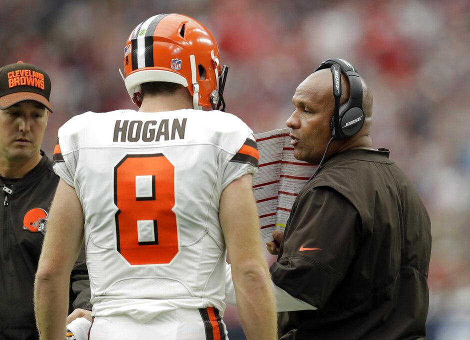 Kevin Hogan, Hue Jackson,