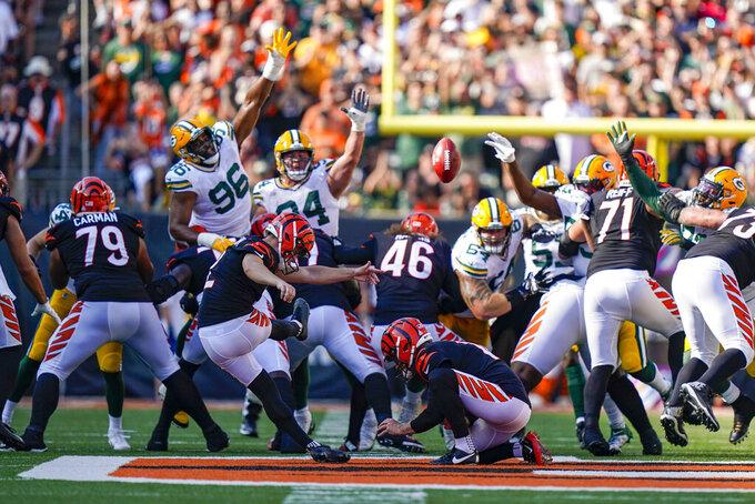 Cincinnati Bengals kicker Evan McPherson (2) misses a field goal against the Green Bay Packers in the second half of an NFL football game in Cincinnati, Sunday, Oct. 10, 2021. (AP Photo/Bryan Woolston)
