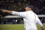 Central Florida head coach Josh Heupel calls out instructions from the sideline during the first half of an NCAA college football game against Cincinnati, Saturday, Nov. 17, 2018, in Orlando, Fla. (AP Photo/Phelan M. Ebenhack)