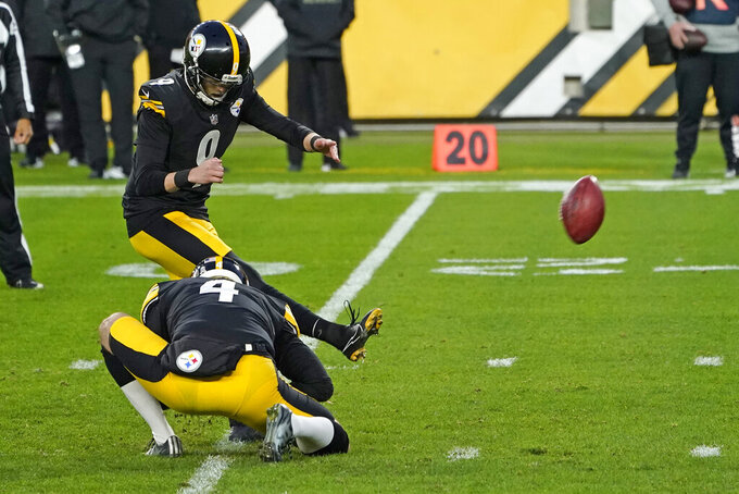 Pittsburgh Steelers kicker Chris Boswell (9) kicks a 30-yard field goal during the first half of an NFL football game against the Cincinnati Bengals, Sunday, Nov. 15, 2020, in Pittsburgh. (AP Photo/Keith Srakocic)
