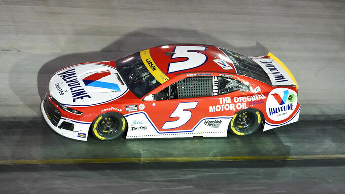 Kyle Larson competes during a NASCAR Cup Series auto race at Bristol Motor Speedway Saturday, Sept. 18, 2021, in Bristol, Tenn. (AP Photo/Mark Humphrey)