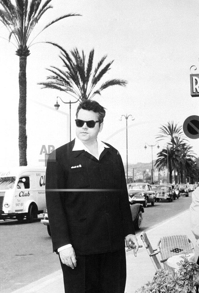 Watchf AP I   FRA APHS344903 Orson Welles