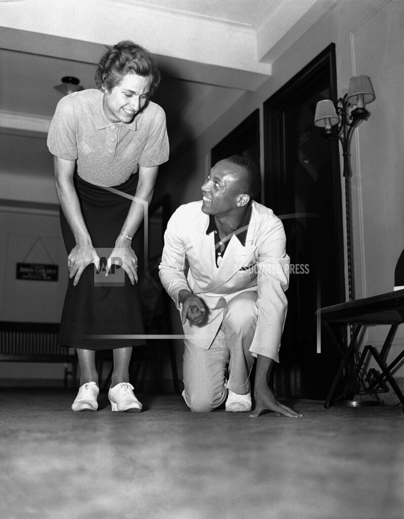 Watchf AP A  NY USA APHS392118 Jesse Owens