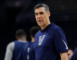 NCAA Wright Celebrates Basketball