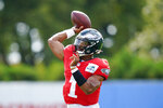 Philadelphia Eagles quarterback Jalen Hurts throws during a joint practice with New England Patriots at the Eagles NFL football training camp Tuesday, Aug. 17, 2021, in Philadelphia. (AP Photo/Matt Rourke)