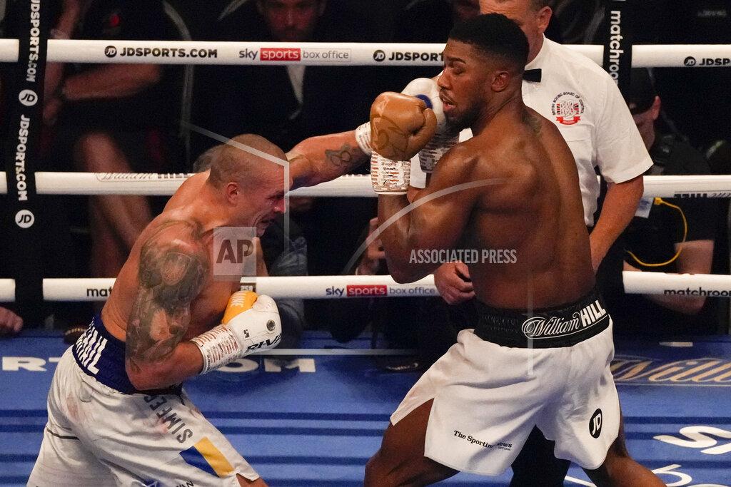 APTOPIX Britain Boxing Joshua Usyk