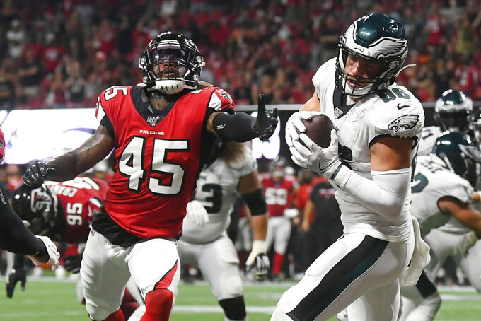Philadelphia Eagles tight end Zach Ertz (86) makes the catch for a two-point conversion against the Atlanta Falcons during the second half of an NFL football game, Sunday, Sept. 15, 2019, in Atlanta. (AP Photo/John Amis)