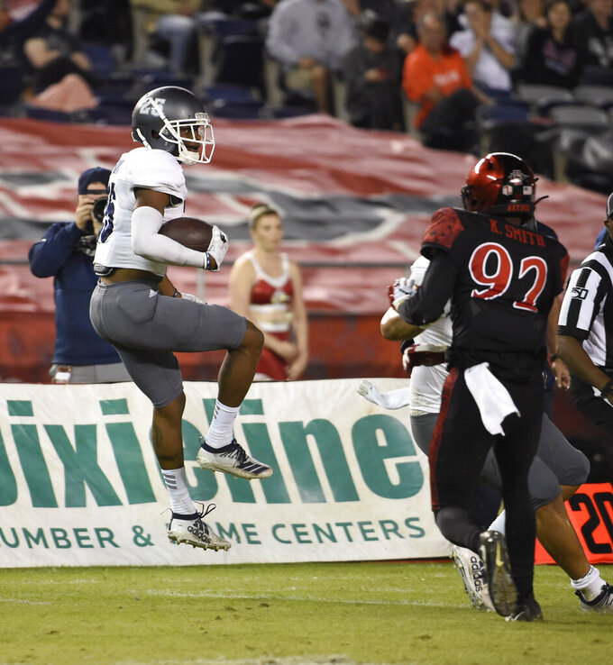 Cooks, Lee lead Nevada to 17-13 win vs. No. 24 San Diego St.