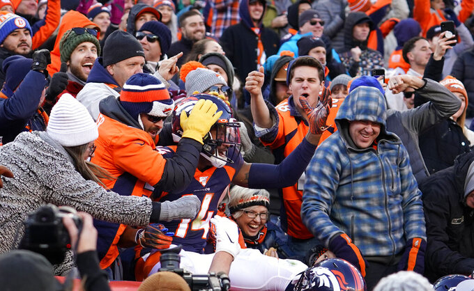 Los Angeles Chargers at Denver Broncos 12/1/2019