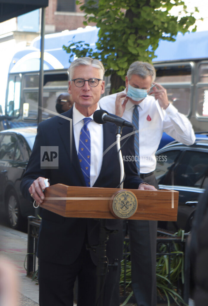 Mayor Bill De Blasio Donates Blood