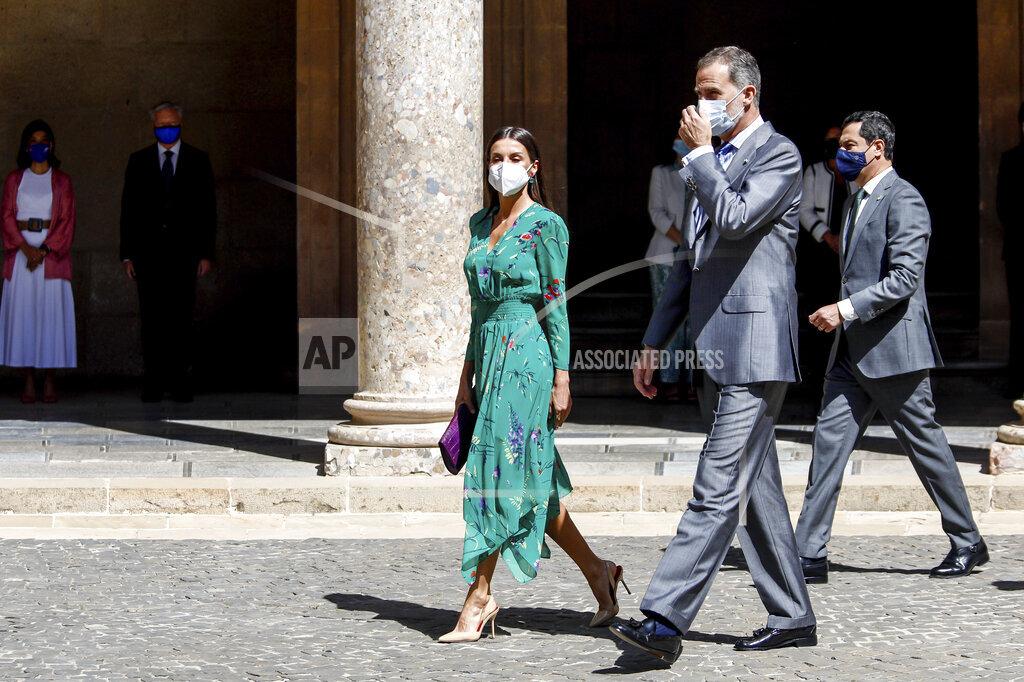 Spanish Royals Visit La Alhambra