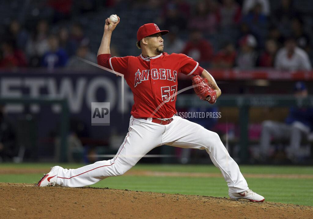 MLB: MAY 24 Rangers at Angels