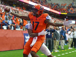 Syracuse wide receiver Jamal Custis (17) celebrates scoring a touchdown against North Carolina during an NCAA college football game, Saturday, Oct. 20, 2018, in Syracuse, N.Y. (Scott Schild/The Post-Standard via AP)