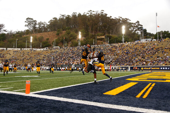 California safety Daniel Scott intercepts the ball against Sacramento State during the second half of an NCAA college football game on Saturday, Sept. 18, 2021, in Berkeley, Calif. (AP Photo/Jed Jacobsohn)