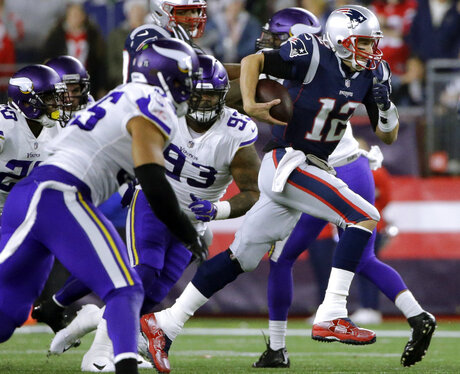 Vikings Patriots Football
