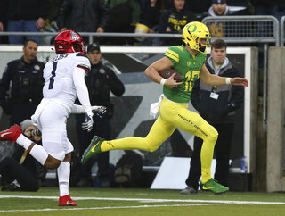 Justin Herbert, Tony Fields II