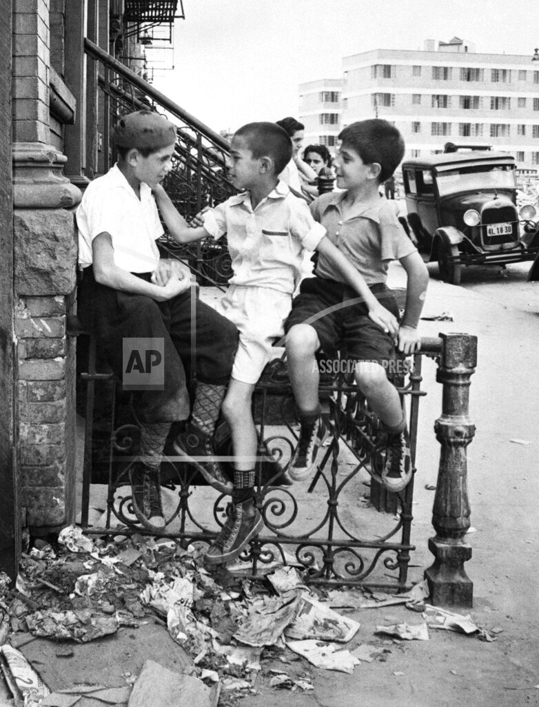 Watchf Associated Press Domestic News  New York United States APHS58125 HOUSING PROJECT