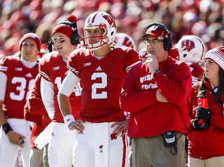 Paul Chryst, Joel Stave