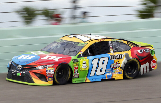 Kyle Busch (18) drives during the NASCAR Cup Series championship auto race at the Homestead-Miami Speedway, Sunday, Nov. 18, 2018, in Homestead, Fla. (AP Photo/Lynne Sladky)