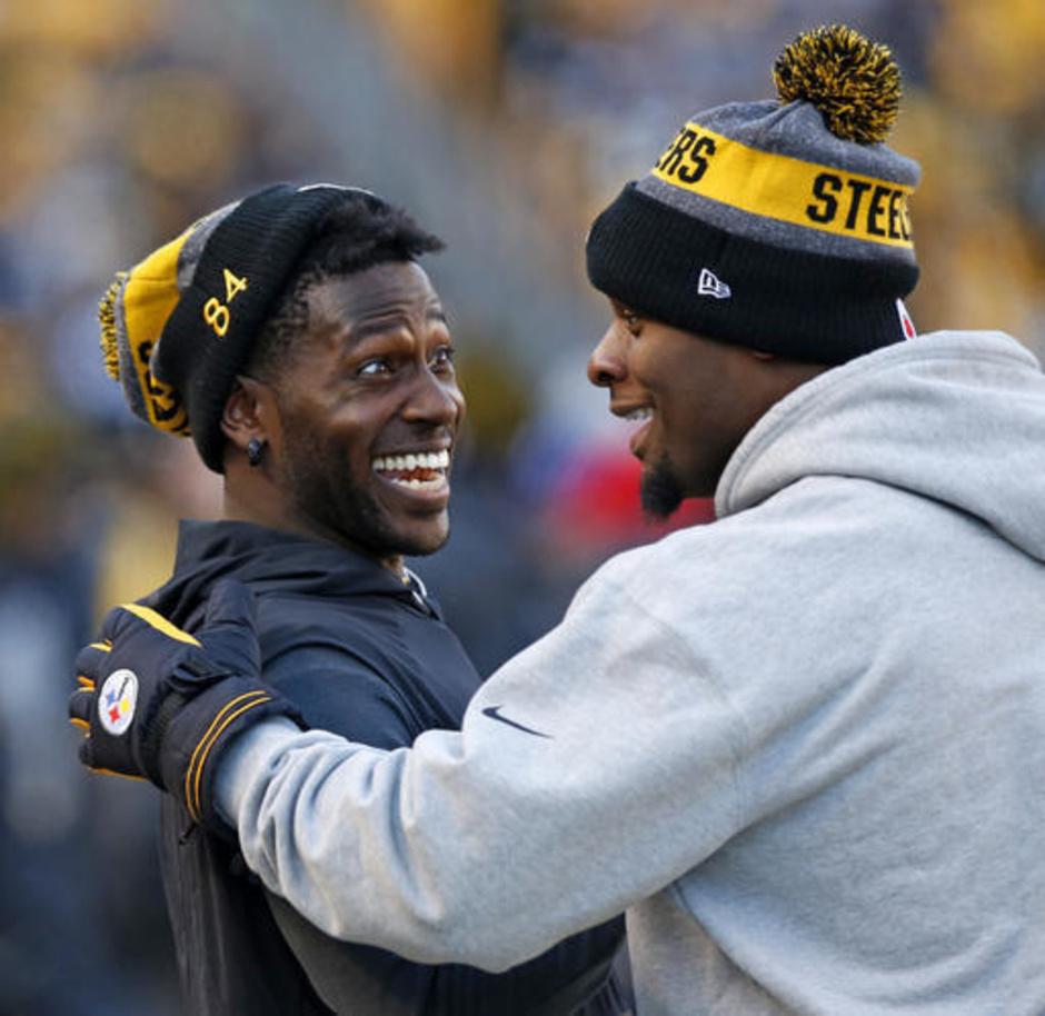Steelers-Bell Brown Football