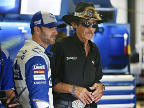 Jimmie Johnson, Richard Petty