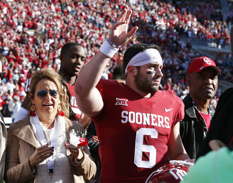 Baker Mayfield, Gina Mayfield