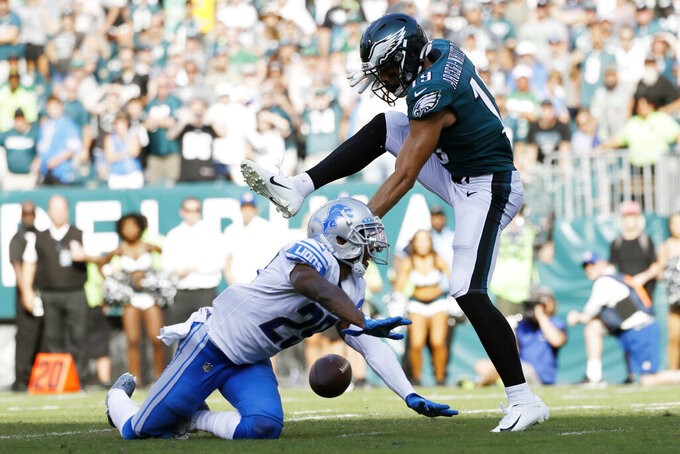 Drops, fumbles, sloppy play doom Eagles in loss