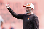 Cleveland Browns head coach Kevin Stefanski directs a drill during NFL football practice Wednesday, Sept. 1, 2021, in Berea, Ohio. (AP Photo/Ron Schwane)