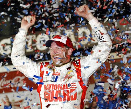 Earnhardt Jr. wins 2nd Daytona 500 a decade later