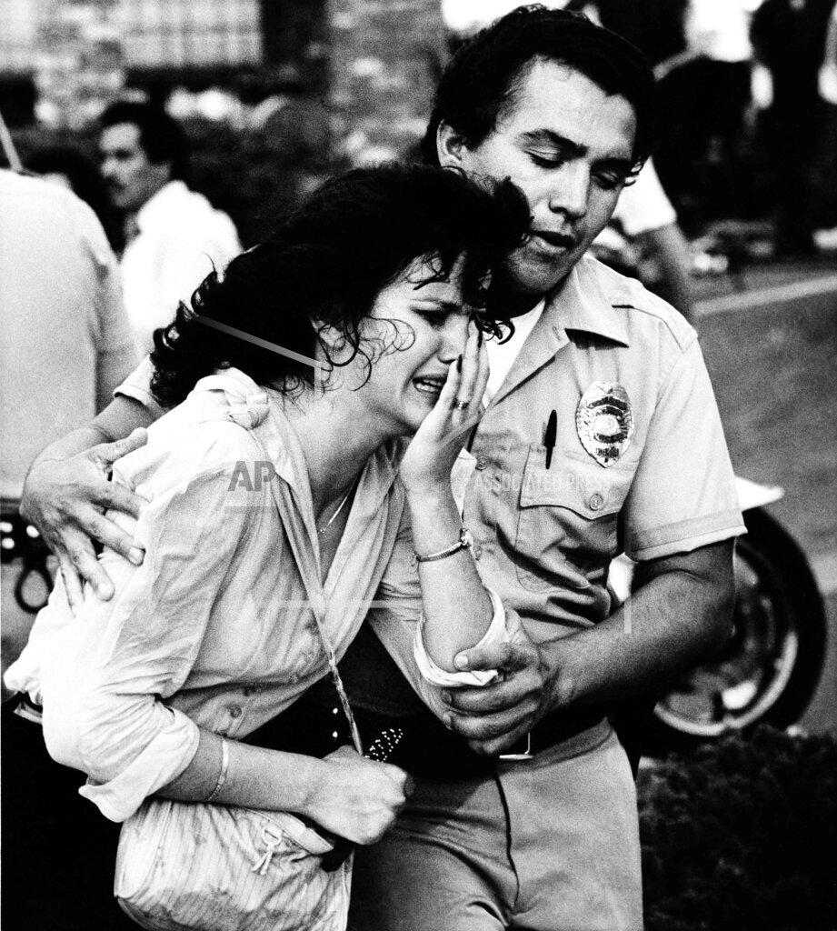 Watchf Associated Press Domestic News  California United States APHS211116 McDonalds Massacre 1984