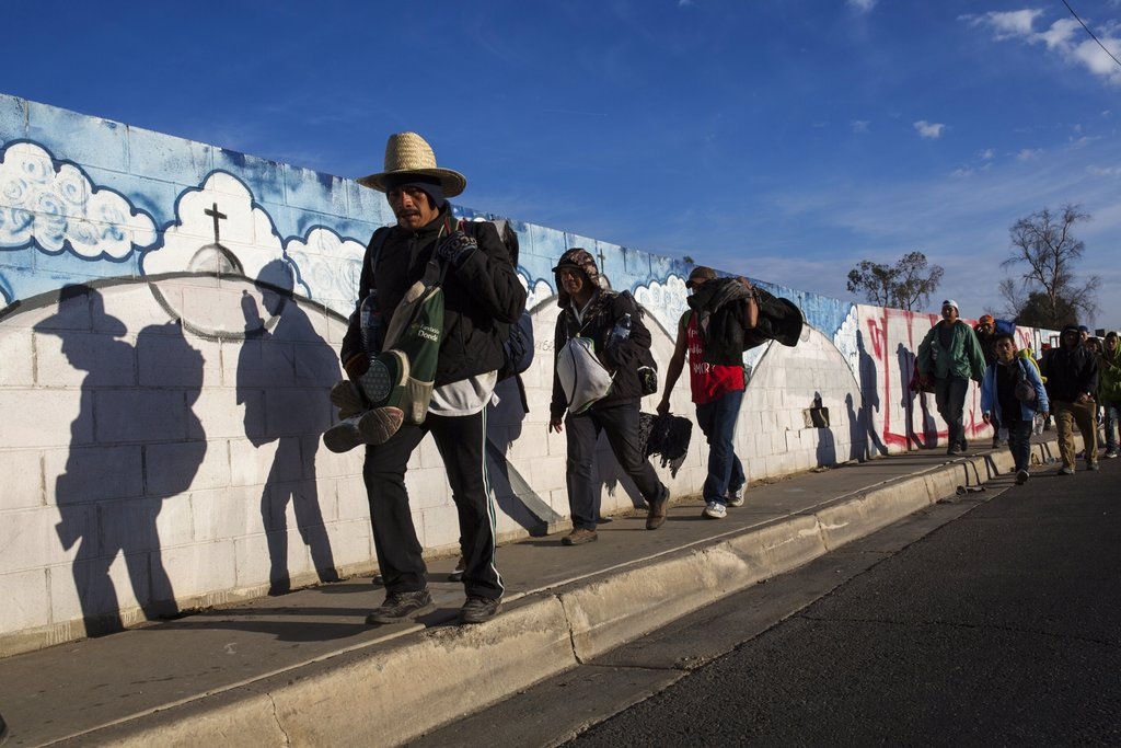 USA  closes its busiest border amid protests over migrants
