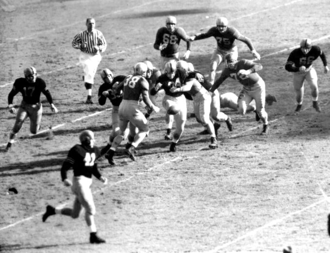 Notre Dame-Army, a football rivalry unmatched in the 1940s