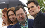 Actresses Siobhan Fallon Hogan, from left, Sofie Grabol, director Lars von Trier and actor Matt Dillon pose for photographers during a photo call for the film 'The House That Jack Built' at the 71st international film festival, Cannes, southern France, Monday, May 14, 2018. (Photo by Vianney Le Caer/Invision/AP)