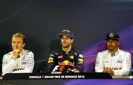 Daniel Ricciardo, Nico Rosberg, Lewis Hamilton