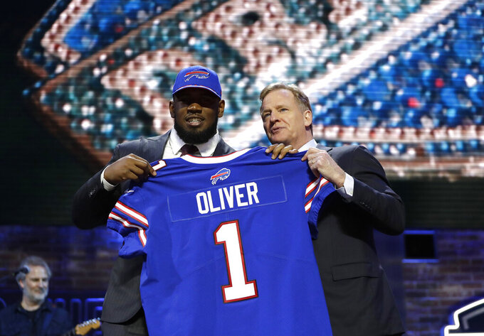 Bills draft Houston defensive tackle Ed Oliver with 9th pick