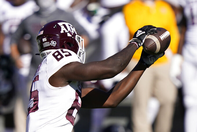 Texas A&M tight end Jalen Wydermyer (85) pulls in a short pass against Mississippi State during the first half of an NCAA college football game in Starkville, Miss., Saturday Oct. 17, 2020. (AP Photo/Rogelio V. Solis)