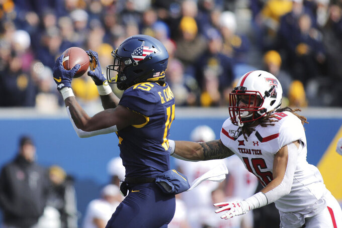 Texas Tech roughs up West Virginia 38-17