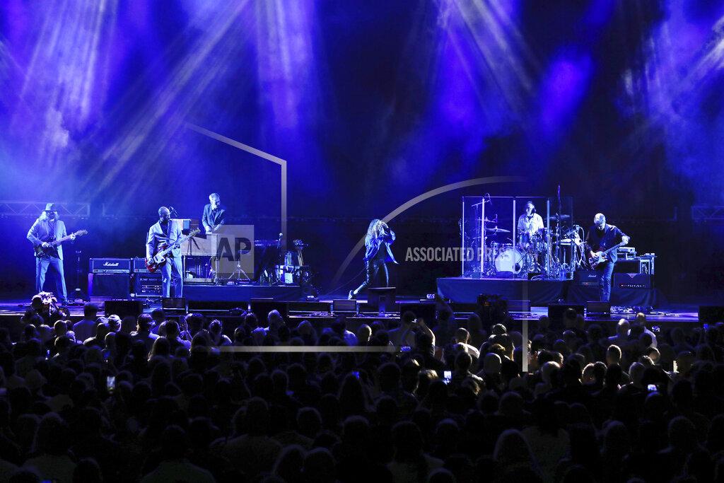 Alanis Morissette In Concert - Atlanta