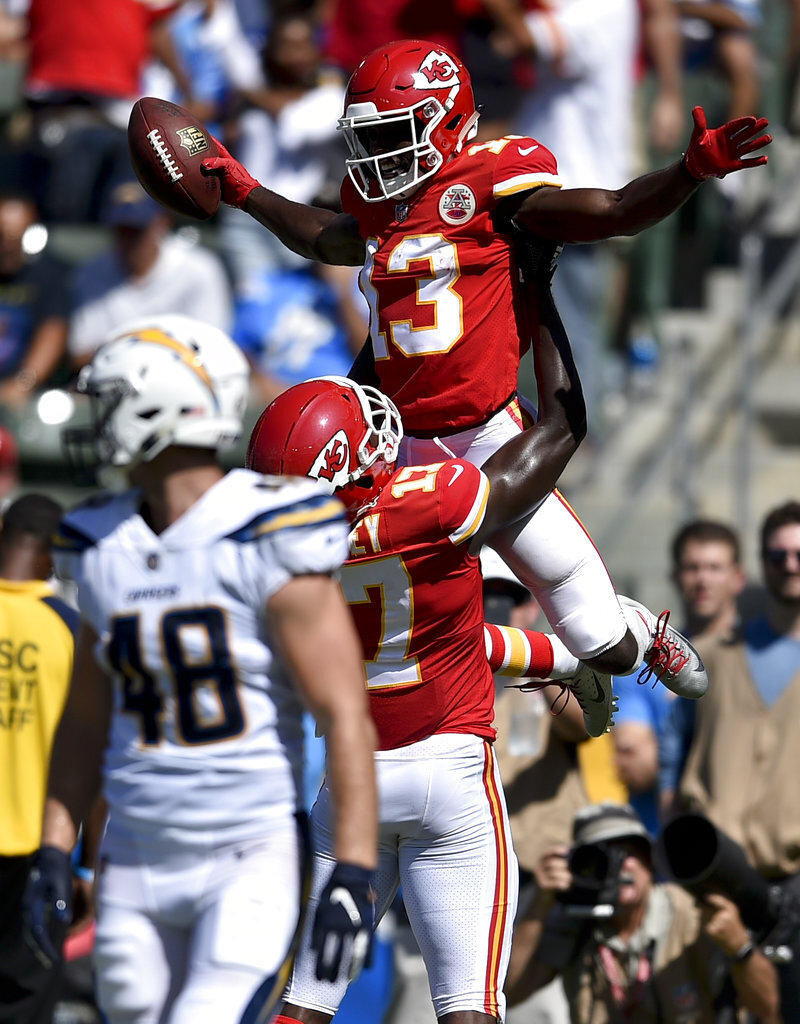 Chargers Chiefs Football