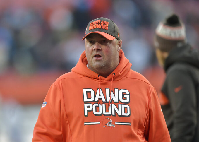 AP Source: Browns hiring coordinator Kitchens as new coach