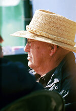 In an undated photo provided by Benoit Photo, Mel Stute is seen at Santa Anita Park in Arcadia, Calif. Mel Stute, trainer of 1986 Preakness winner and Eclipse Award champion 3-year-old male Snow Chief, died Wednesday, Aug. 12, 2020. He was 93.(Benoit Photo via AP)