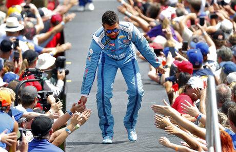 NASCAR Wallace Season Auto Racing