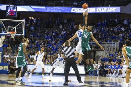Green Bay Creighton Basketball