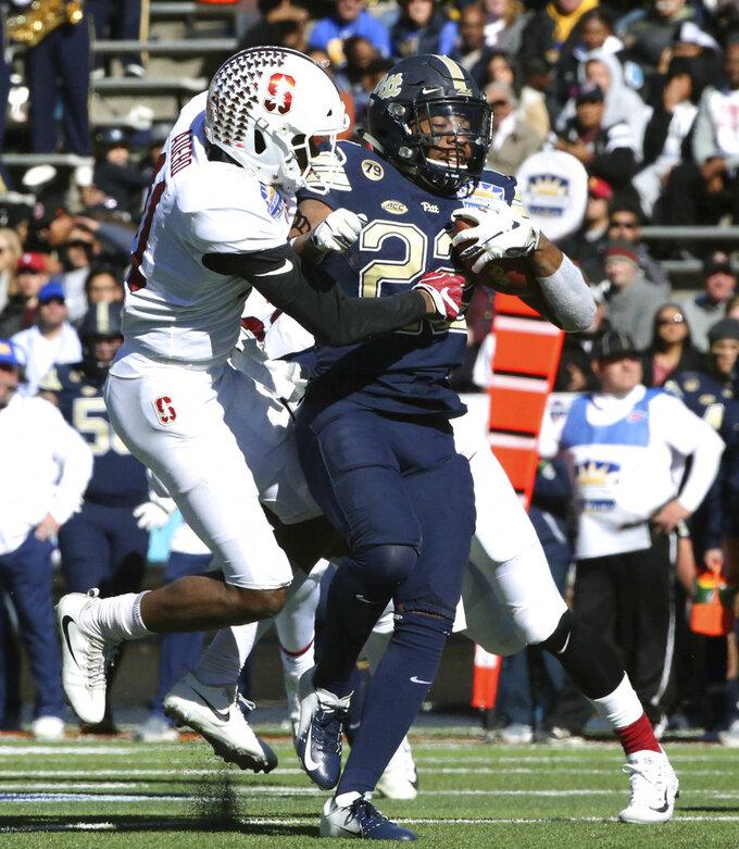 Scarlett scores both TDs, Stanford tops Pitt 14-13 Sun Bowl