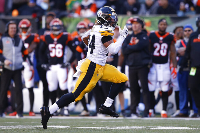 Pittsburgh Steelers running back Benny Snell (24) runs the ball during the second half an NFL football game against the Cincinnati Bengals, Sunday, Nov. 24, 2019, in Cincinnati. (AP Photo/Gary Landers)