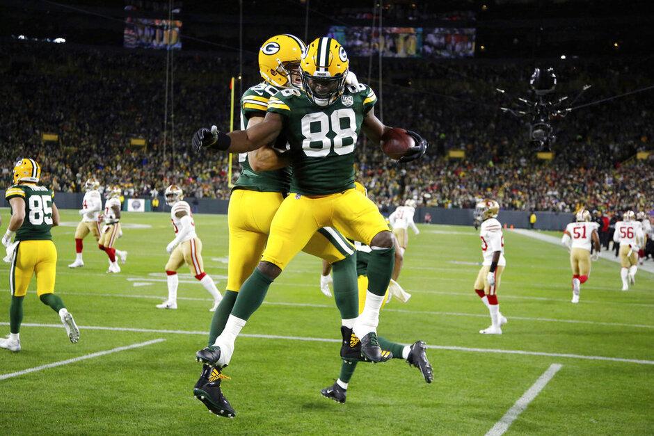 APTOPIX 49ers Packers Football