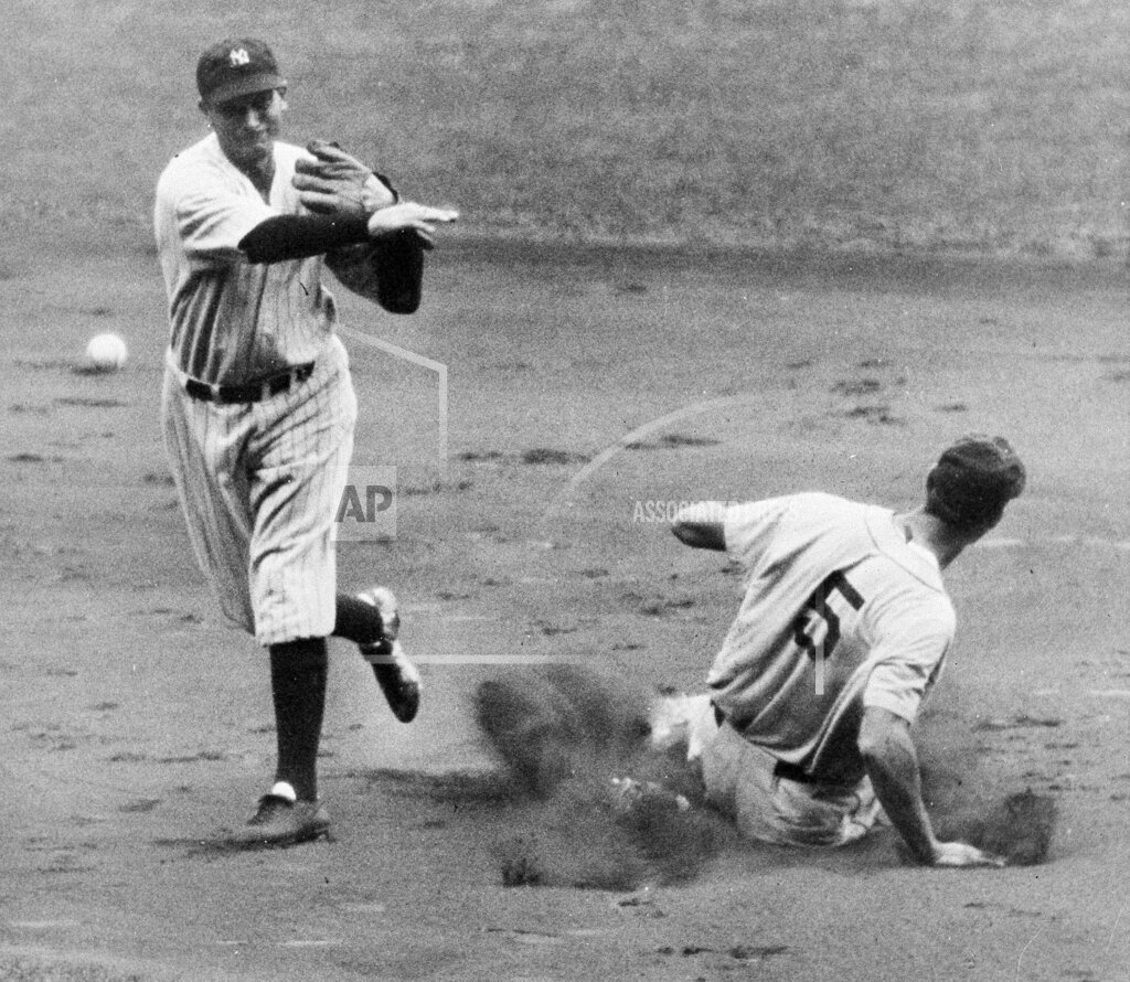 Watchf Associated Press Sports Professional Baseball (American League) New York United States APHS215708 Yankees Tigers 1935